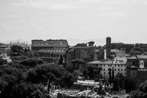 Kolonie ve světle a stínu Říma | foto